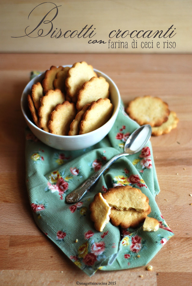 Biscotti croccanti con farina di ceci e riso | Crunchy cookies with chickpea and rice flour