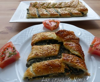 HOJALDRE DE ESPINACAS CON QUESO Y NUECES (SPINACH PIE WITH CHEESE AND WALNUTS)