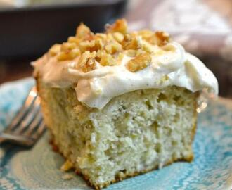 Banana Cake with Cinnamon Cream Cheese Frosting