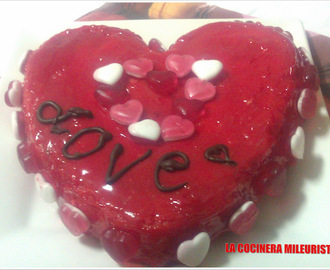 Pastel Red Love con Corazón de Gominolas