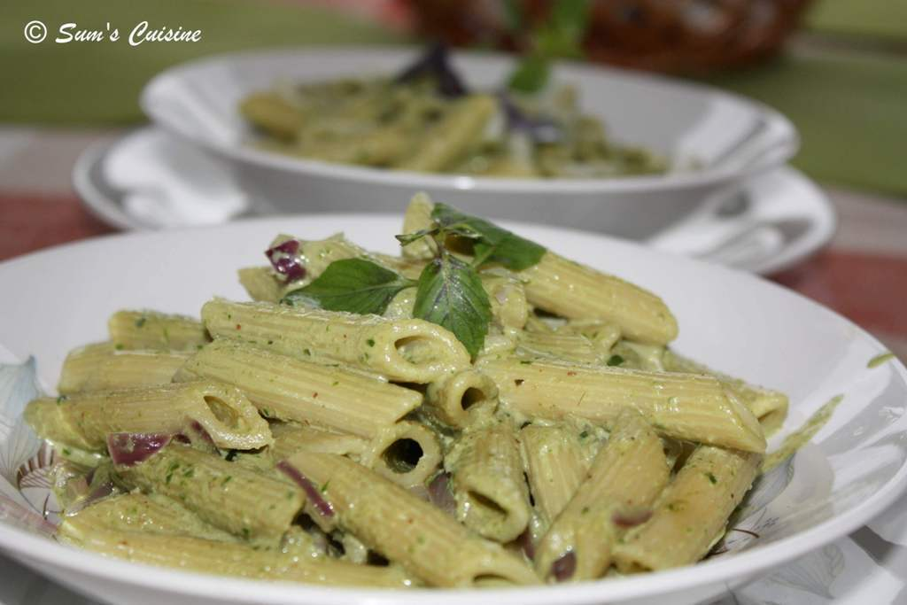 Pasta in Creamy Basil Pesto