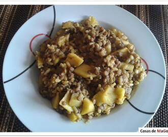 Lentejas con arroz y manzana al curry