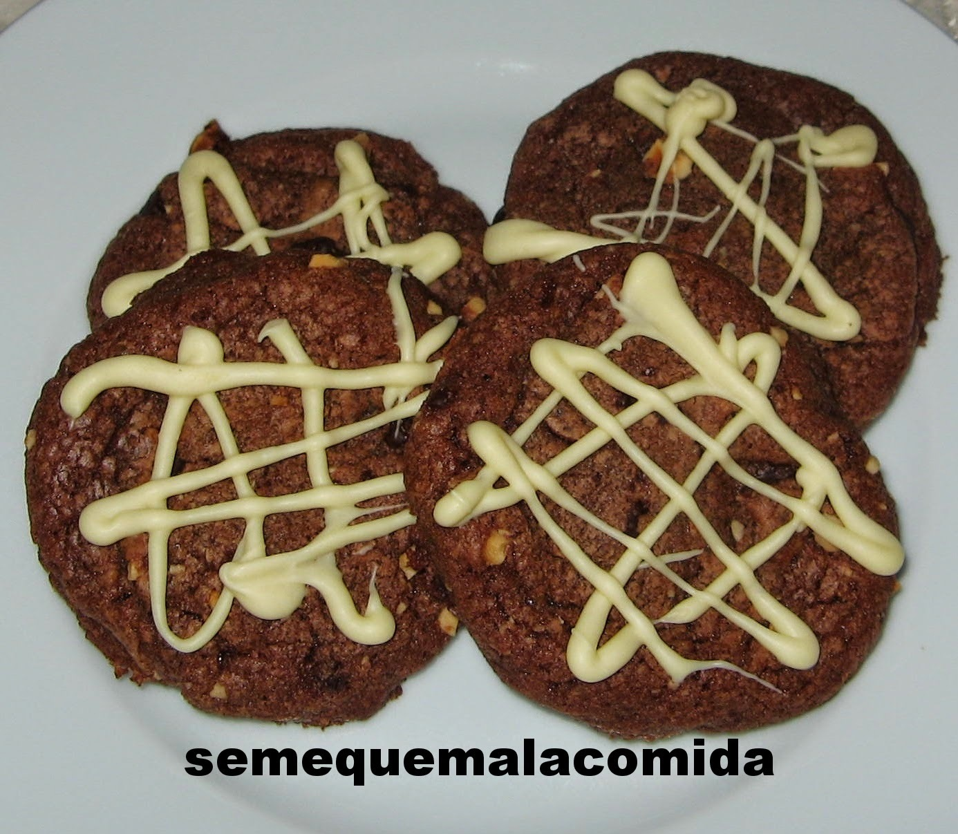 GALLETAS DE AVELLANA Y CHOCOLATE (CON NUTELLA)
