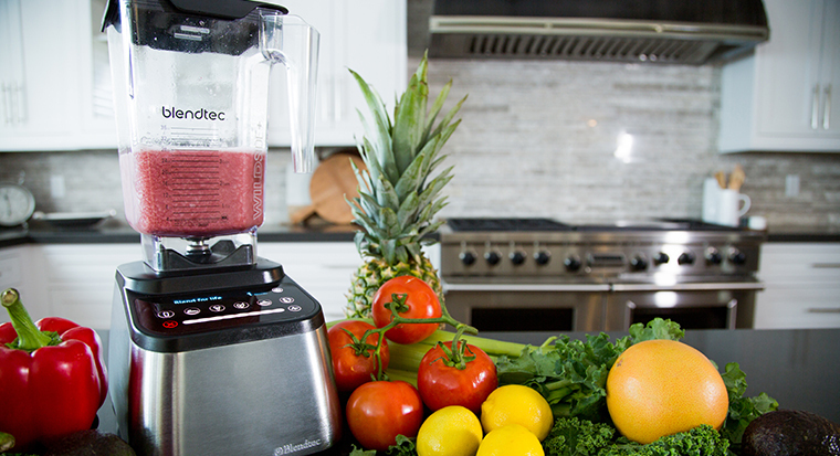 Blendtec's Designer 725 Voted Best Blender by Gadget Review