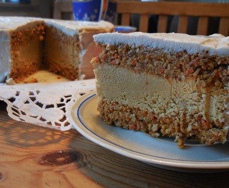 RAW CARROT CAKE — sensationell gut!