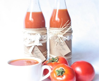 DOMAĆI KETCHUP BY JAMIE OLIVER