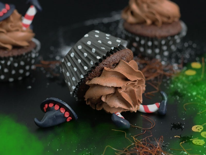 "Halloween Chili Chocolate Cupcakes ""Wicked Witches of the East"""