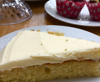 Flourless Coconut and Lime Cake