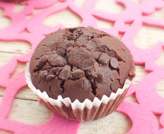 MUFFIN ALL'ACQUA CON CACAO