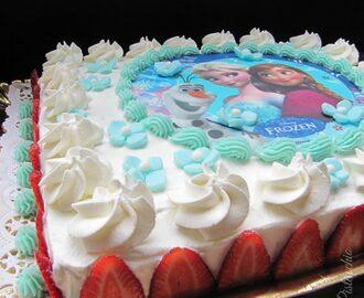 Ricette di decorazioni torte di compleanno rettangolare for Decorazioni torte uomo con panna