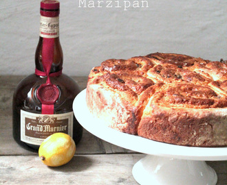 Zimtschneckenkuchen mit Grandmarnier - Marzipan * kanelsnegle kage med marcipan * cinnamon squiggle cake with marzipan