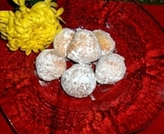Italian Street Food, Zeppole first made in Naples Recipe