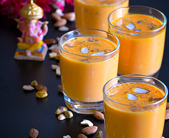 Carrot Milkshake / Carrot Kheer - A healthy summer drink
