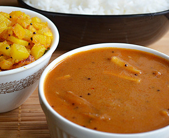 Vathakulambu - South Indian Tamarind Curry