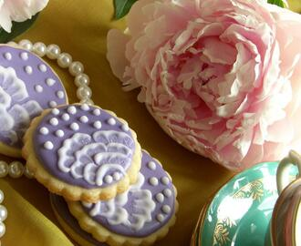 Sugar cookies med Brush embroidery teknik!!