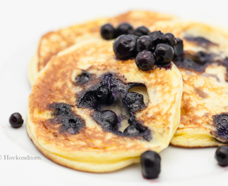 Blueberry Cheesecake Protein Pancakes
