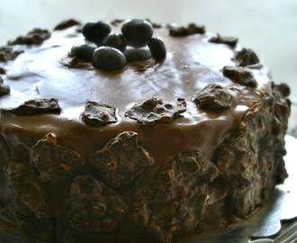 Dark Chocolate cake with Chocolate Cream Cheese frosting | 2'nd Blog Anniversary