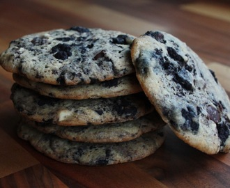 Oreo Truffle-Swirled Chocolate Chip Cookies