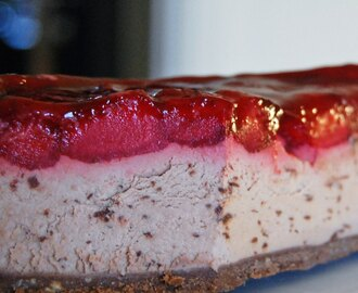 Cheesecake med smak av After Eight och jordgubbar