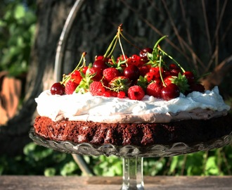 LJETNA BROWNIE TORTA