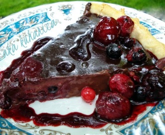 Pita sa šumskim voćem i čokoladom :: Wild berry and dark chocolate pie