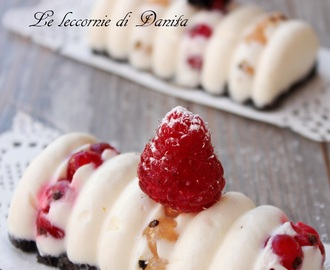Mini cheese cake con crema di ricotta e yogurt ai frutti di bosco