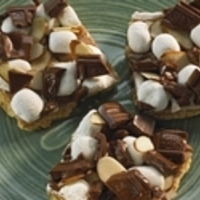 S'mores Toffee Almond Bars Recipe