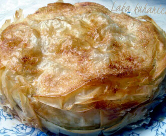 Pita s jabukama i kruškama :: Phyllo pie with apples and pears