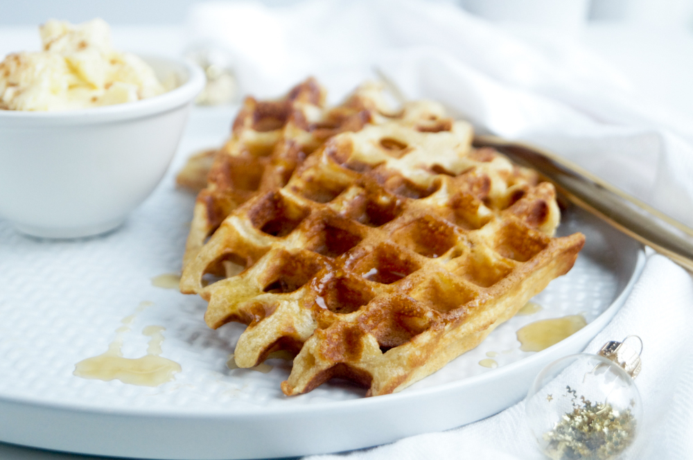 Gingerbread wafels met maple syrup boter