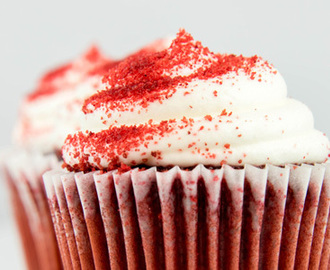 Red Velvet Cupcakes mit Cream Cheese Topping Rezept