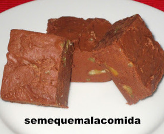 DULCE  DE CHOCOLATE (CHOCOLATE FUDGE)