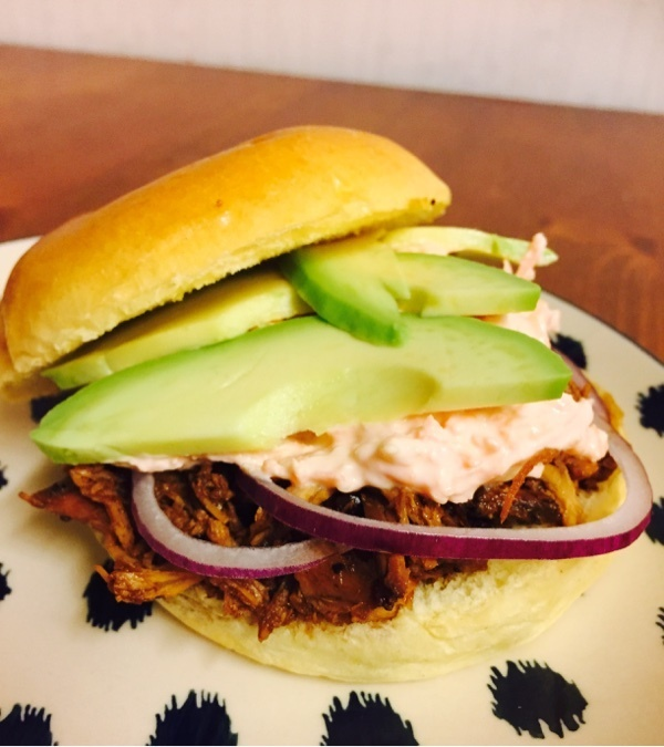 Teriyaki chicken burgers - slowcooker