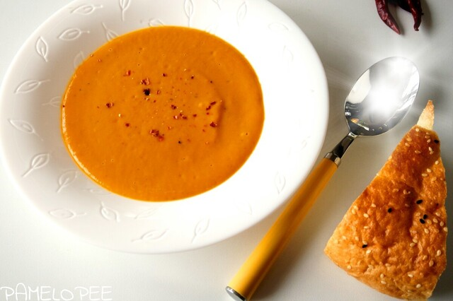 Rezept: Butternut Suppe mit Kokos und Ingwer und Orange (vegan)