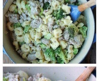 Tortellini with Chicken Sausage & Broccoli {One-Pot Dinner}