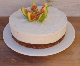 Vegan cheesecake ai fichi