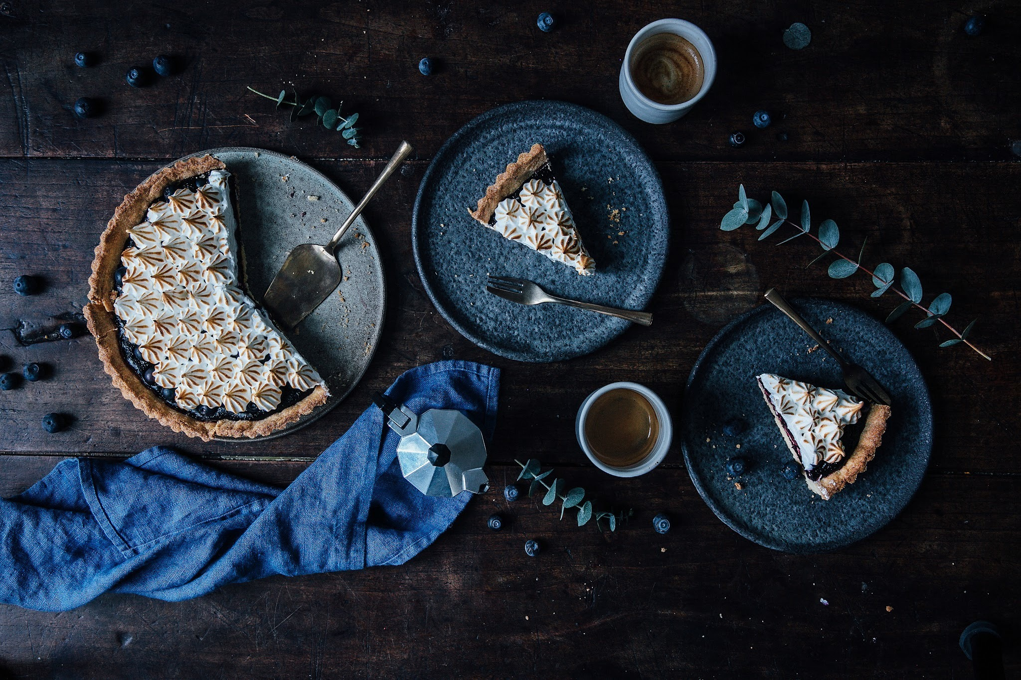 glutenfree blueberry-meringue tart