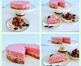 Raw-Strawberry-Cashew Cheesecake, vegan