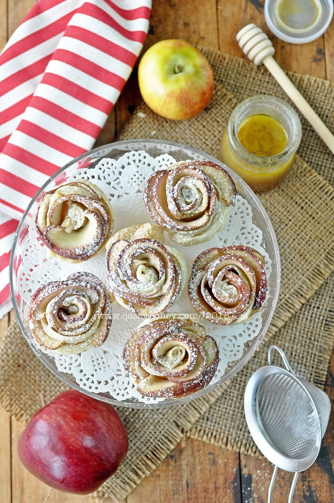 EPAL ROSE PASTRI / APPLE ROSE PUFF PASTRY