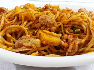 Vegetable Noodle Dalna - Noodles In A Traditional Bengali Gravy