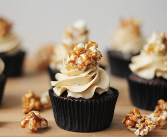 Chocolate coffee & caramel popcorn cupcakes
