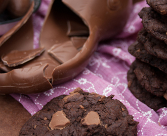 Rezept: Triple Chocolate Cookies zur Osterhasen-Resteverwertung