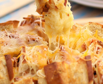 Bacon Cheddar Ranch Pull Apart Bread