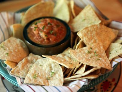 Lime Tortilla Chips and Roasted Salsa
