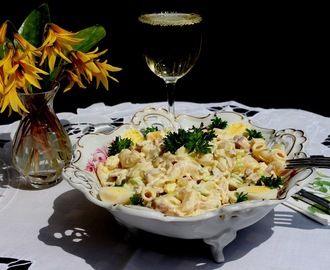 Bacon and eggs pasta salad