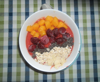 Himbeer&Mango Smoothie Bowl
