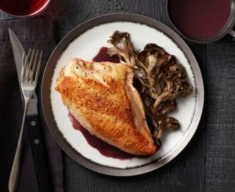 Roast Chicken and Mushrooms With Red Wine Sauce