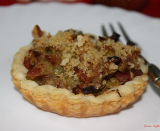 Finte mini quiches porri e pancetta