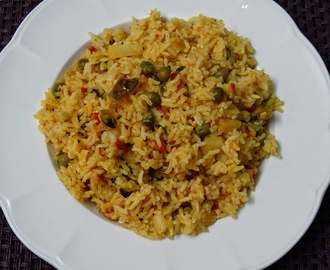 Vegetable pulao using Maggi masala