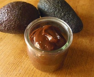 Mus czekoladowy z awokado/Chocolate mousse with avocado