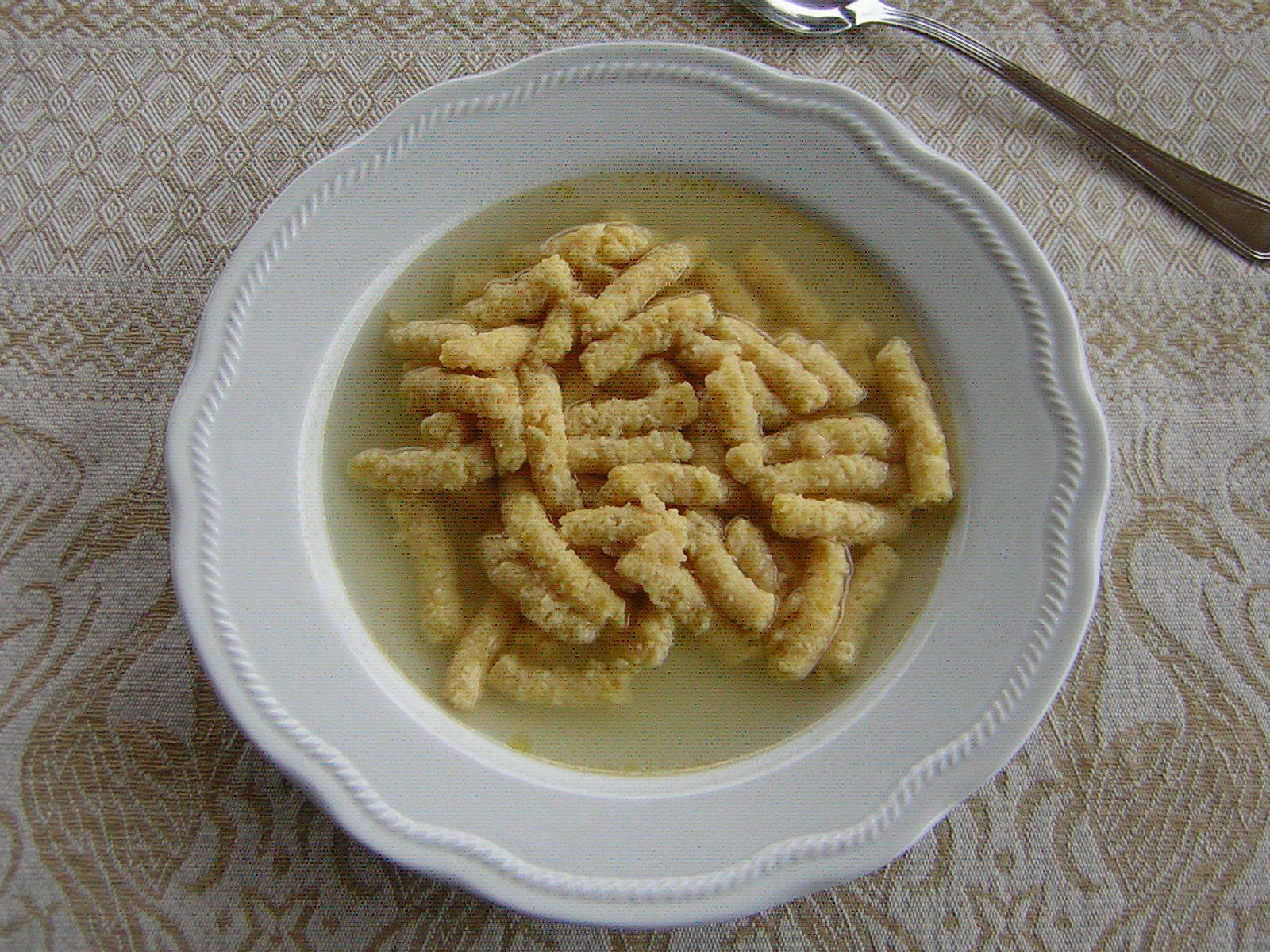 Passatelli in brodo di gallina